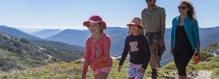 Family hiking in Thredbo